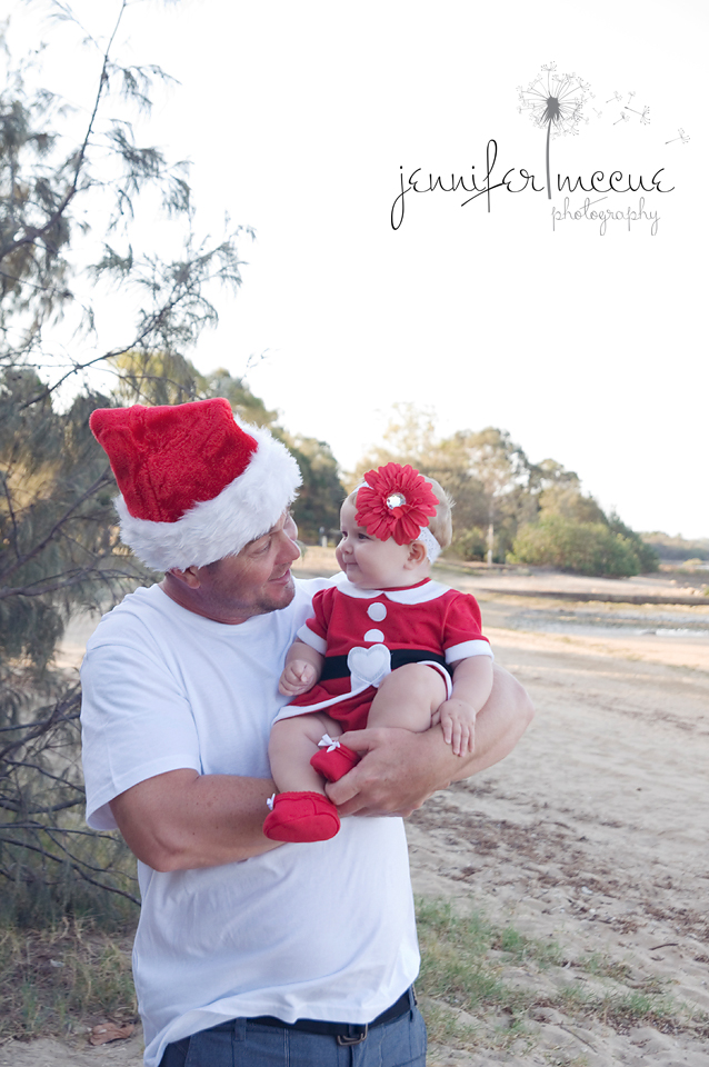 baby and dad christmas beach photography